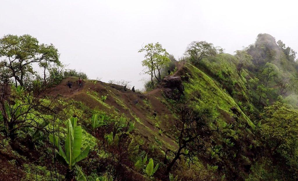 Mahuli Trek Ridge