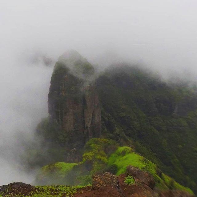 Mahuli Fort-Bhandargad Pinnacle Point