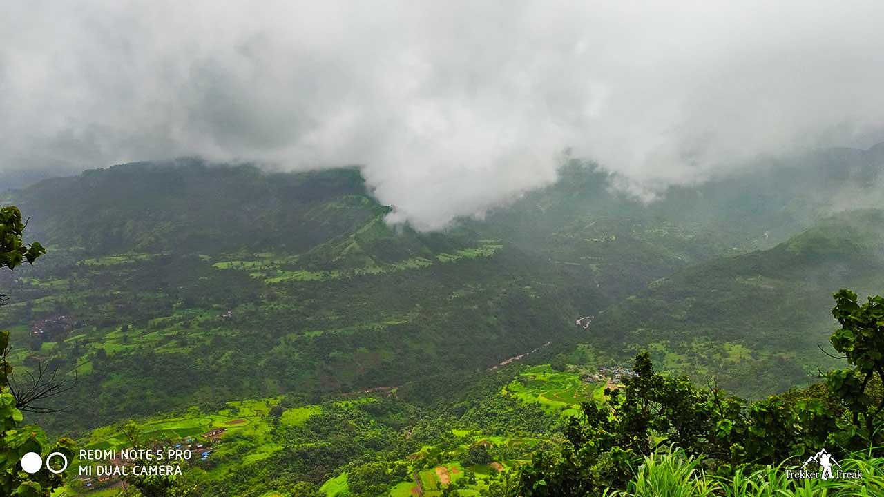 matheran-mountain-range-sondai-fort-trek