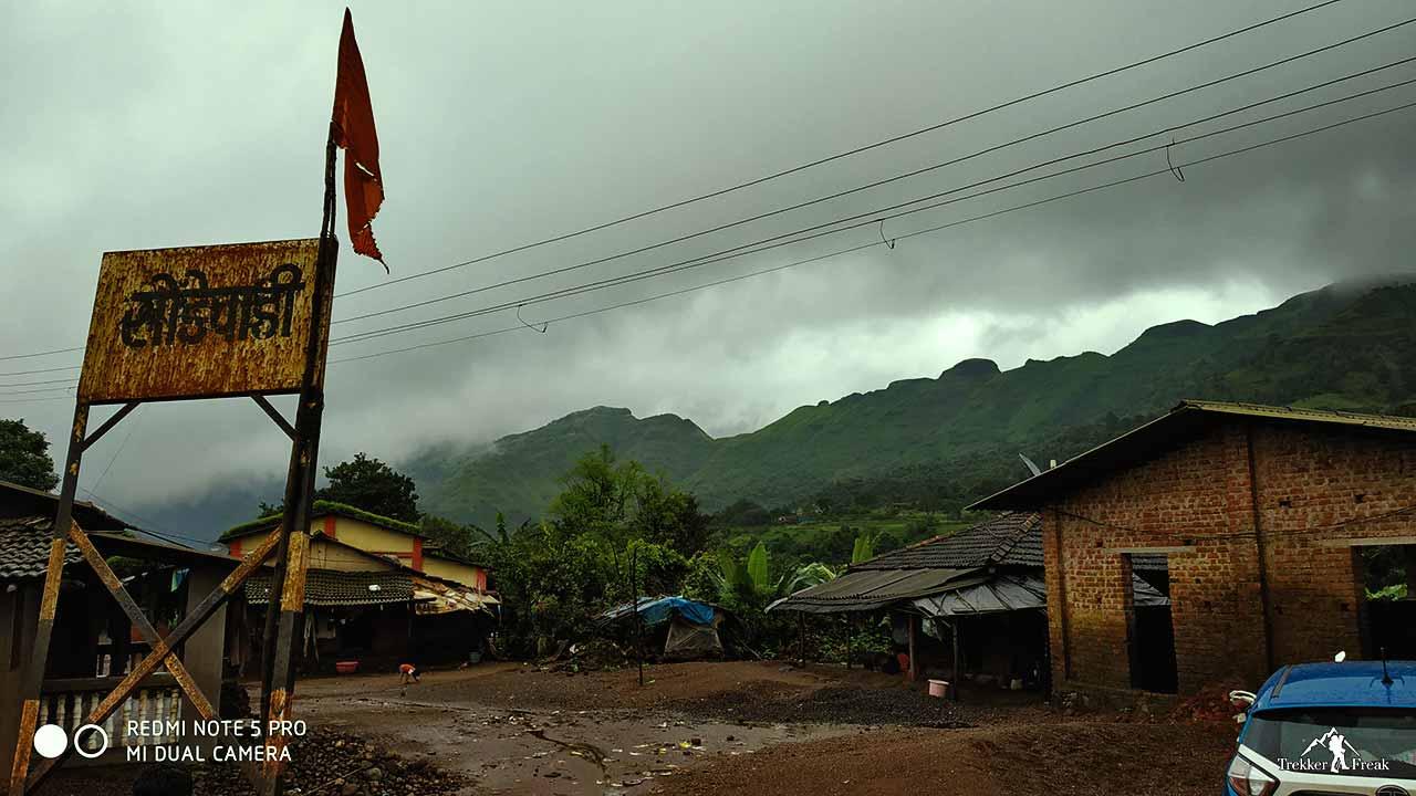 sondewadi-village-sondai-fort