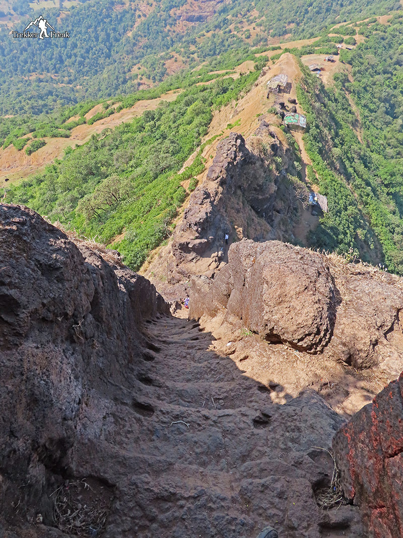 steep-cut-stairs-at-harihar-fort