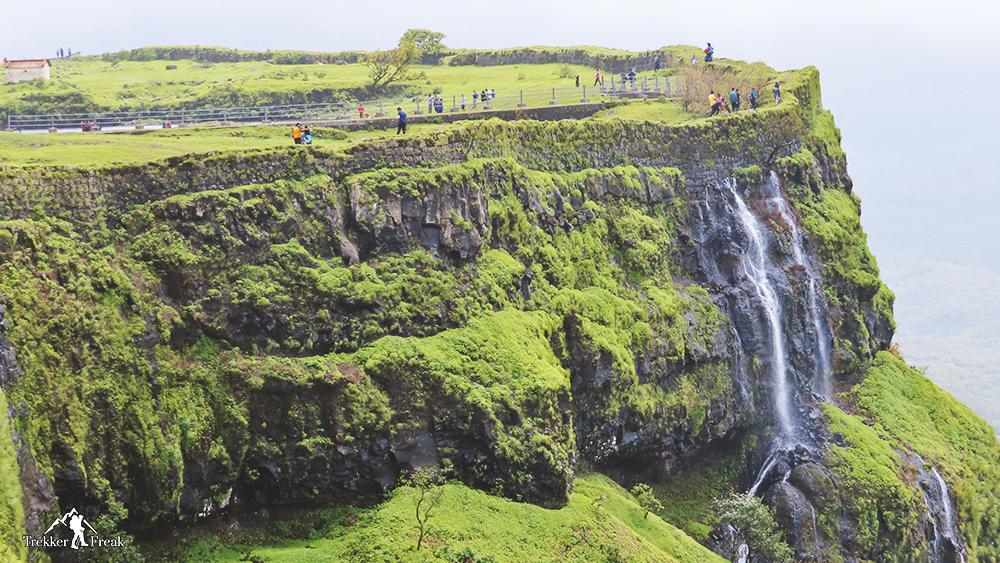 korigad-fort-waterfalls